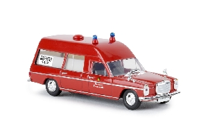 "Brekina MB /8 Ambulance ""Berliner"""