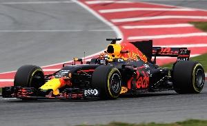 Spark Red Bull RB 13 Max Verstappen Winnaar GP Maleisie 2017  1:43  Reserveer Nu