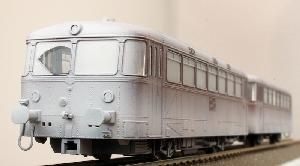 Trix DB Railbus met bijwagen besneeuwd