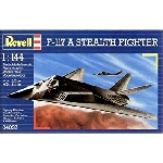 Revell F-117A Stealth Fighter1:144