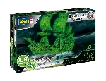 Revell Ghost Ship - Glow in the Dark  Easy Click System 1:150