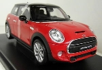 Welly Mini Hatch  Rood 1:18